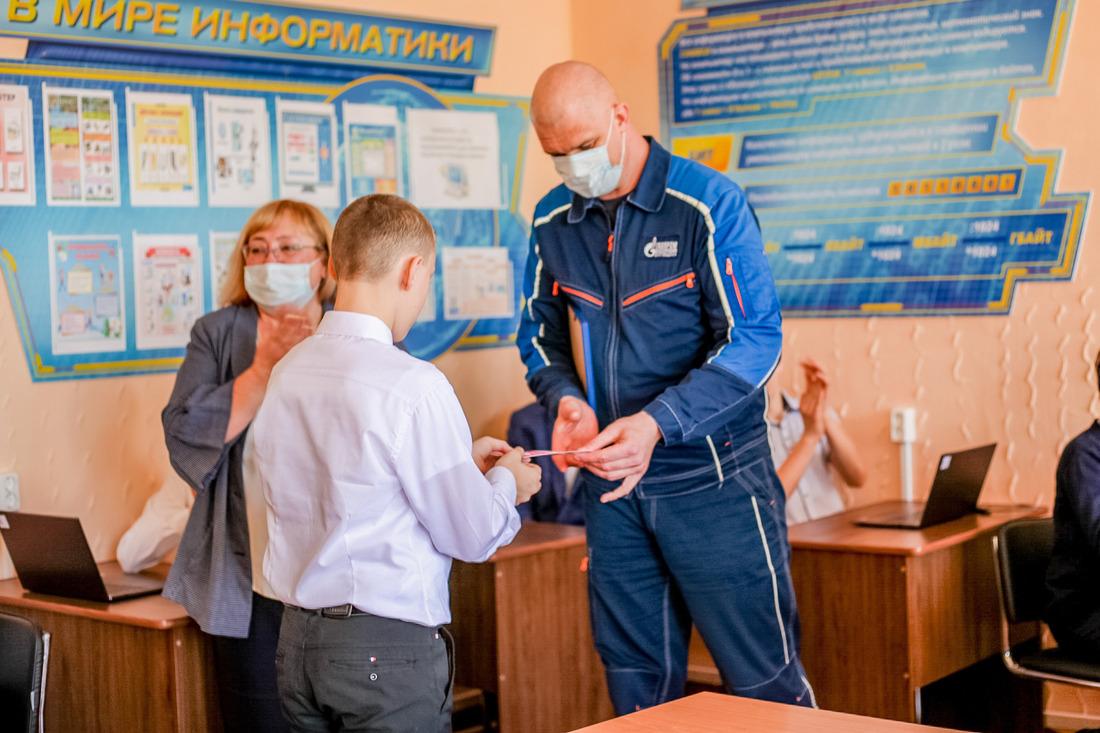 Заместитель генерального директора пообщим вопросам ООО«Газпром переработка Благовещенск» Андрей Белоусов.